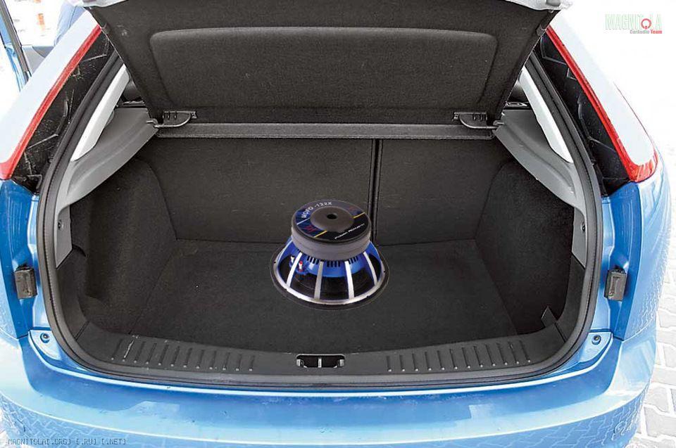 Как открыть багажник на форде